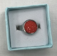 Rings in gift boxes -  Red