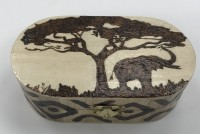 Oval wood box - Africa