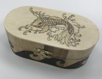Oval wooden box - Fish design