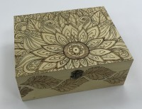 Large oblong box - Flower and leaves